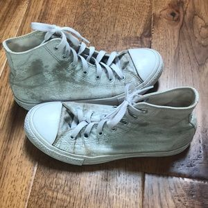 Converse Youth Distressed White Hightops Sz. 3